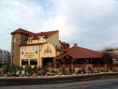 Korona Hotel es Etterem - dream vacation