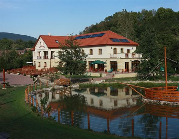 Aranybanya Hotel - dream vacation
