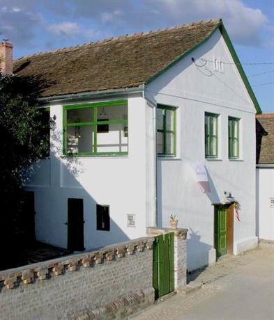 Borvirag Guesthouse - dream vacation