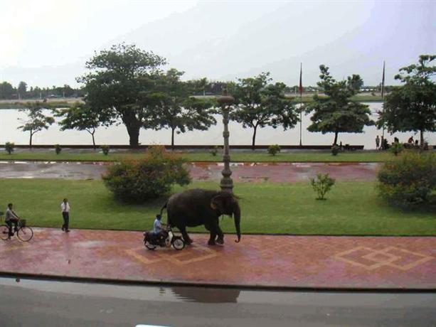 Bougainvillier Hotel - Phnom Penh -