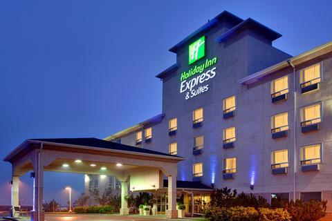 Holiday Inn Express Hotel & Suites - Edmonton International Airport Images