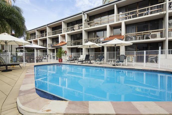 Burleigh Palms Holiday Apartments Апартаменты Бьюрлеигх Палмс Холидей