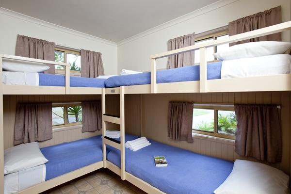 blue dolphin resort and holiday park yamba compare deals. Black Bedroom Furniture Sets. Home Design Ideas