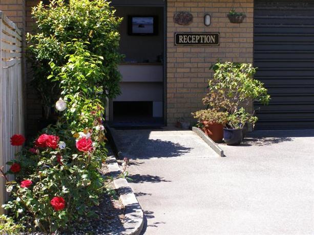 Asure Highpark Motor Inn - dream vacation