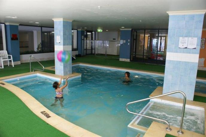 Apartments near Hay Street Perth with swimming pool