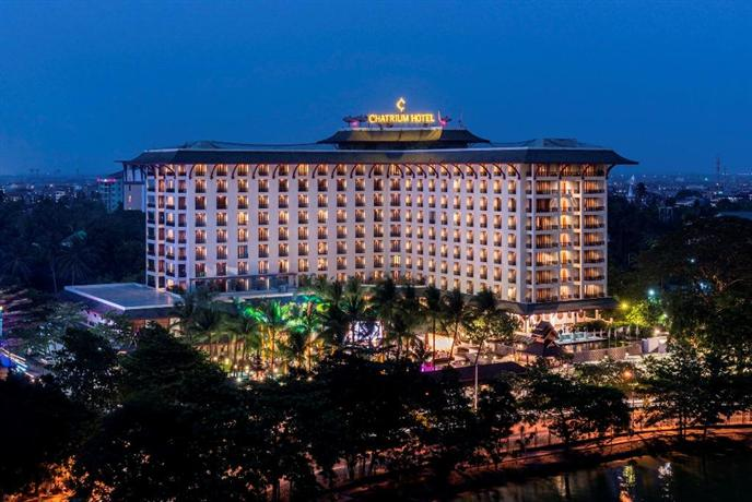 Chatrium Hotel Royal Lake Yangon - dream vacation
