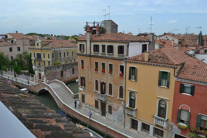 Suite in Venice Ai Carmini - dream vacation