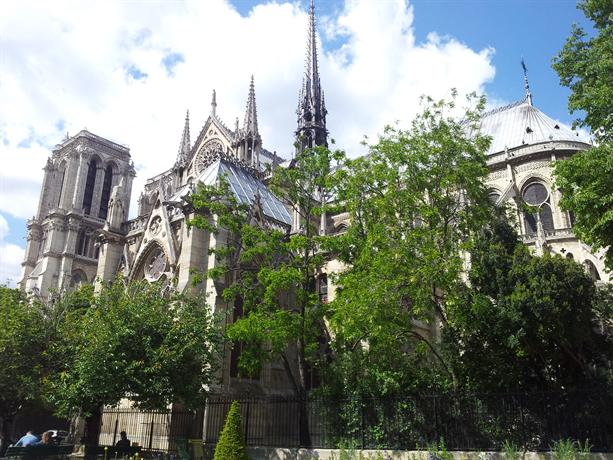 Ile saint louis vue incroyable paris compare deals - Hotel ile saint louis ...