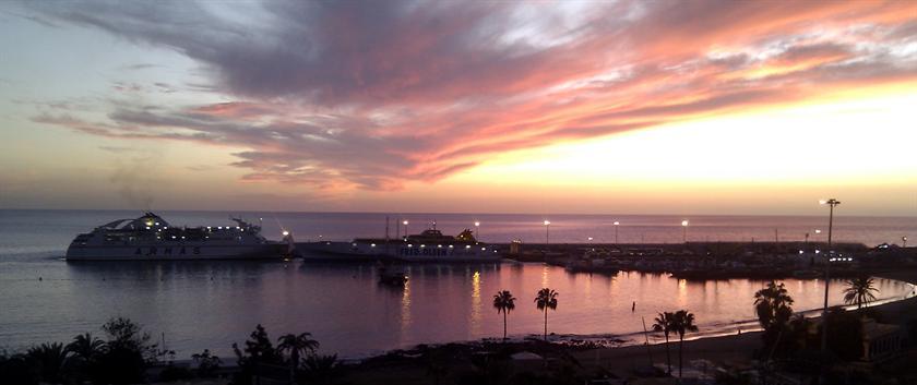 Los Cristianos - Apartamento Nuevo 1a Linea Playa1 - dream vacation