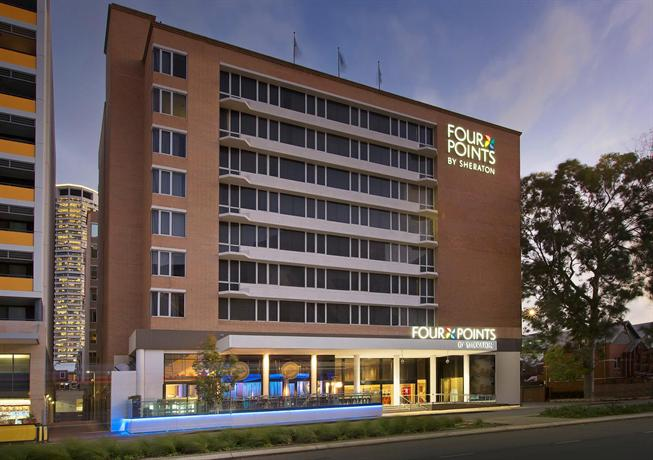 "hotel near ""Perth Arena"" and department of immigration"