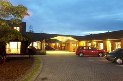 Champers Motor Lodge - dream vacation