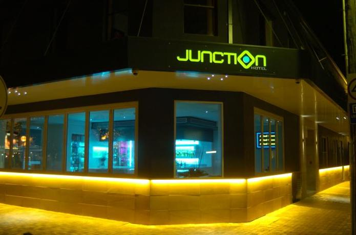 Junction Hotel Newcastle - dream vacation