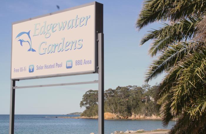 Edgewater Gardens