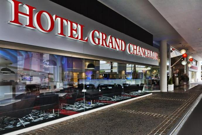 Hotel Grand Chancellor Surfers Paradise Gold Coast Отель Гранд Чанселлор Сьюрферс Передайс Голд-Кост