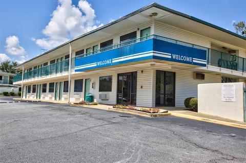 Motel 6 Albany - dream vacation
