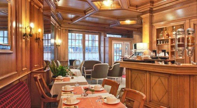 Hotel Murat Paris Reviews