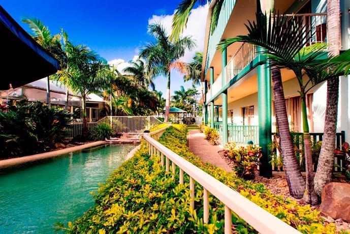 Photo: Shamrock Gardens Motel