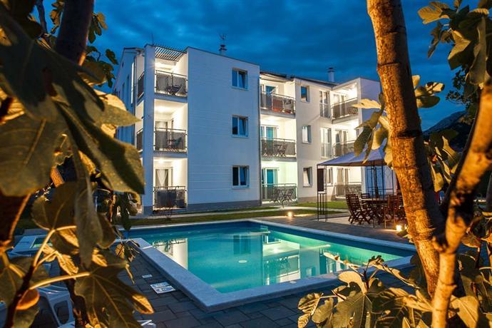 Apartments Adorami - dream vacation