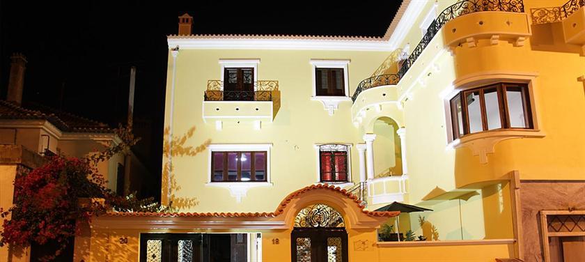 OC Salon Charm Hostel & Suites - dream vacation