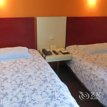 Motel168 Nantong West RenMin Road Inn