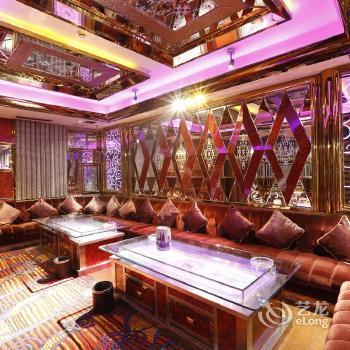 Yahua Hotel - dream vacation