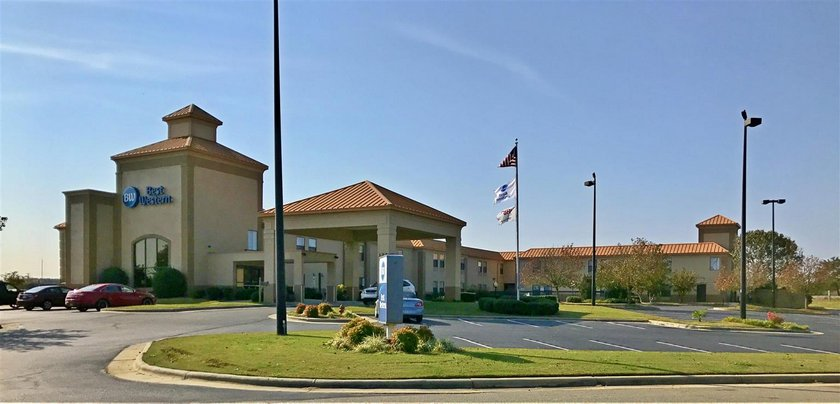 Holiday Inn Express Roanoke Rapids - dream vacation
