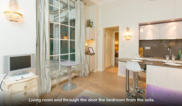 Paris center flat at musee d 39 orsay compare deals for Flat hotel paris