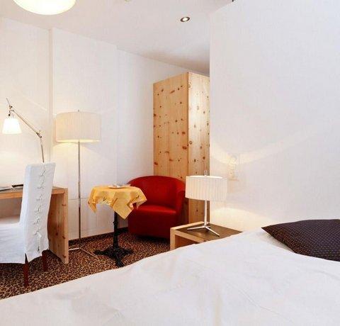 Schweizerhaus und Postli - dream vacation