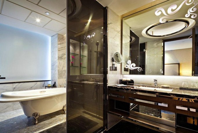 Guangzhou Baiyun Hotel - dream vacation