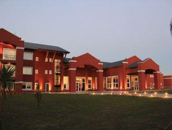 Howard Johnson Resort & Convention Center Ezeiza - dream vacation