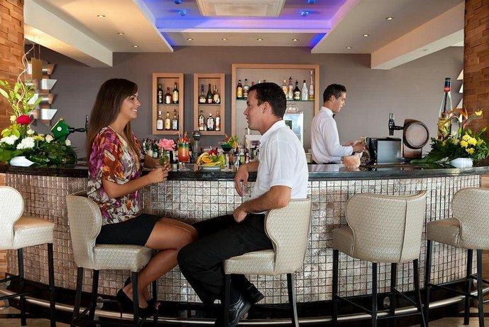 Asterias Beach Hotel - dream vacation