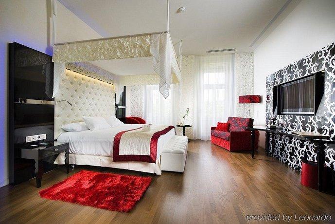 Iberostar Grand Hotel Budapest - dream vacation