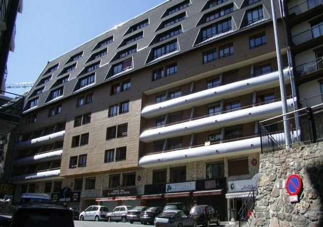 Apartamentos Lake Placid 3000 Pas de la Casa - dream vacation