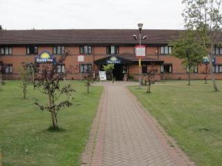 Days Inn Warwick South - dream vacation