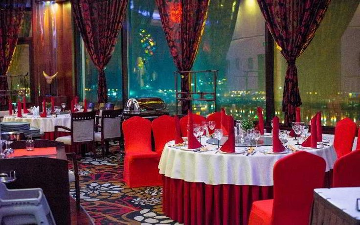 Beijing Palace Soluxe Hotel Astana - dream vacation