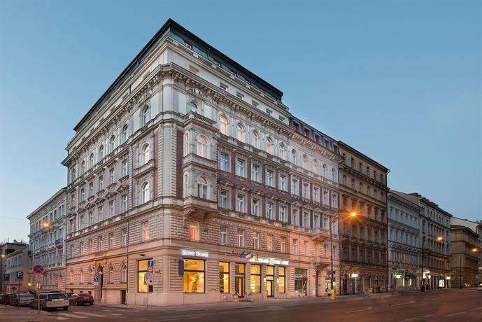 Hotel Suite Home Prague - dream vacation