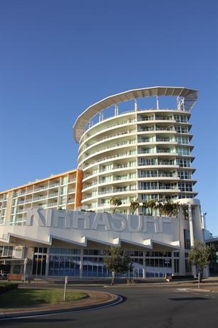 Photo: Kirra Surf Apartment