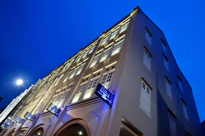 https://www.hotelscombined.com/Hotel/Bliss_Hotel_Singapore.htm?a_aid=139959&label=SporeDis