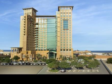 Al Manshar Rotana Hotel - dream vacation