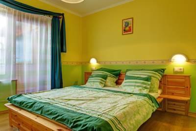 Andrea Villa Heviz - dream vacation