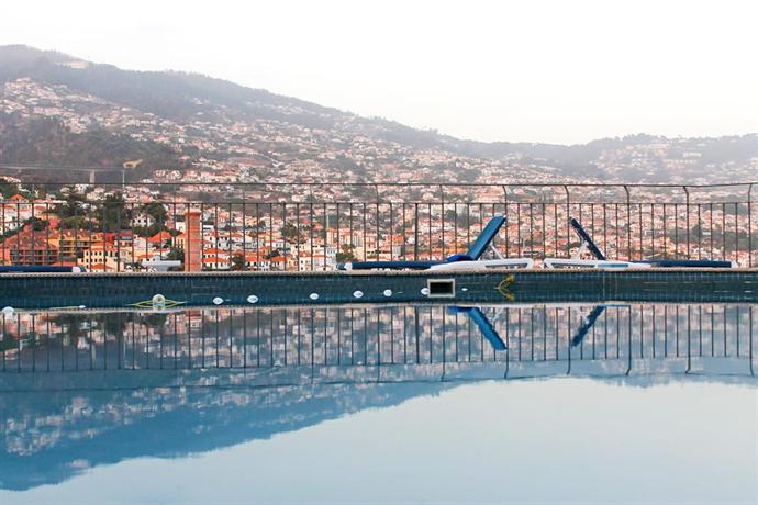 Monte Carlo Hotel Отель Монте Карло