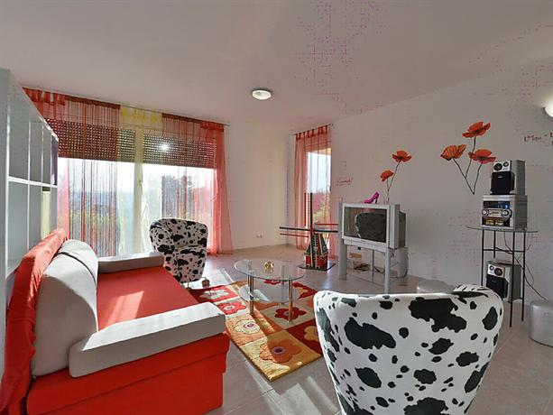 Interhome - Apartman Daria - dream vacation