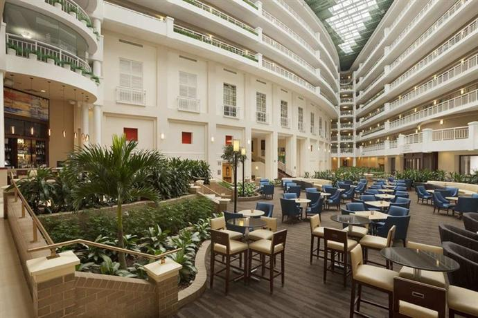Embassy Suites Alexandria-Old Town - dream vacation