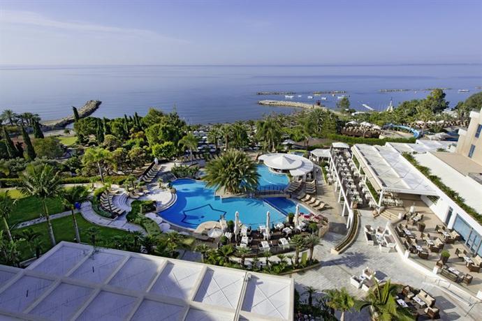 Mediterranean Beach Hotel Отель Медитерранеан Бич