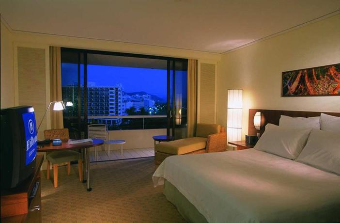 Hilton Cairns Хилтон Кэрнс