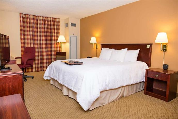 Hampton Inn Columbus-North - dream vacation