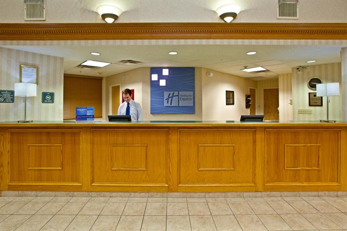 Holiday Inn Express Hotel & Suites Kokomo