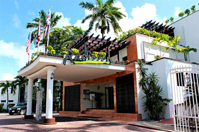 Radisson Fort George Hotel and Marina - dream vacation