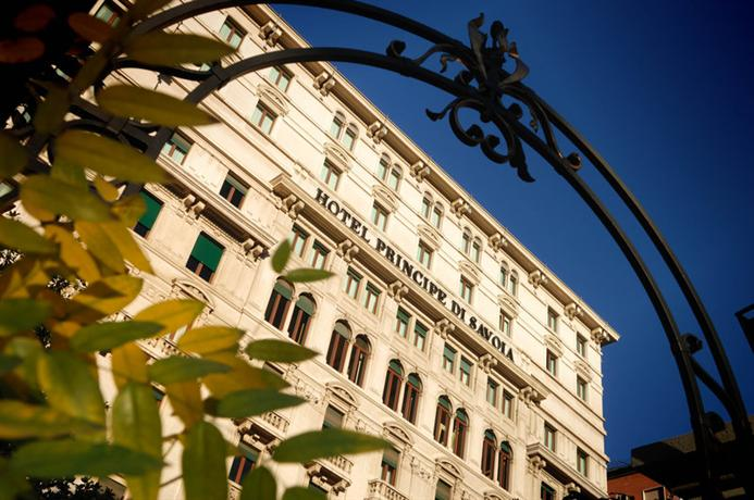 Hotel Principe Di Savoia Milan - dream vacation