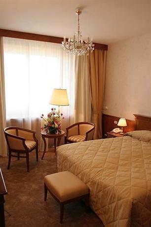 Президент-Отель